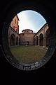 Dentro la Basilica di Santo Stefano.jpg