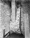 detail muurwerk, kelder onder ridderzaal -