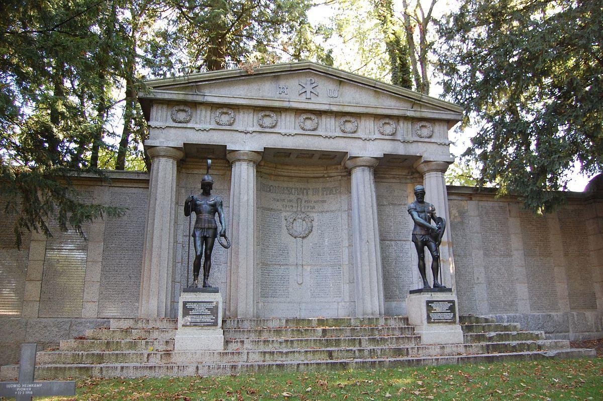 deutscher soldatenfriedhof saint quentin wikipedia. Black Bedroom Furniture Sets. Home Design Ideas