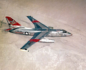 Douglas RB-66 C en vol au-dessus de la base d'Edwards en Californie, en 1957