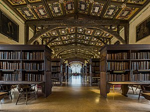 Duke Humfrey's Library - Image: Duke Humfrey's Library Interior 6, Bodleian Library, Oxford, UK Diliff
