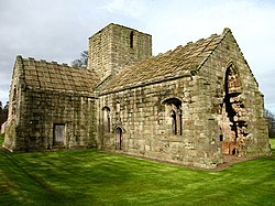 Dunglass Collegiate Church - geograph.org.uk - 142477.jpg