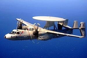 O nascimento do poder dos Porta Aviões 300px-E-2C_Hawkeye_Bear_Aces