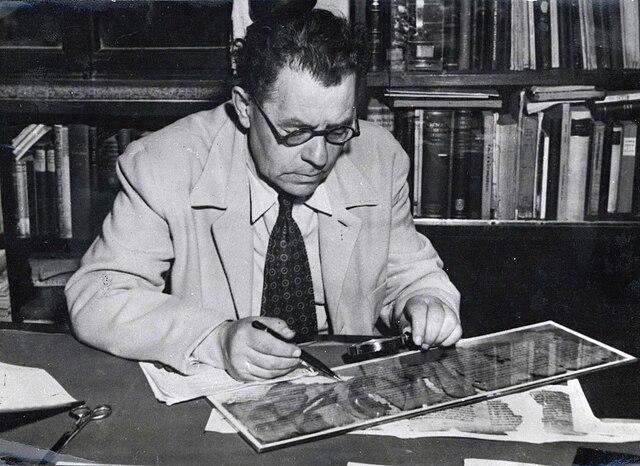 אליעזר ליפא סוקניק - הפודקאסט עושים היסטוריה
