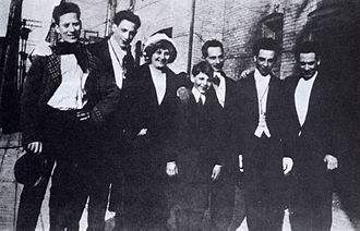 Marx Brothers - The only known photo of the entire Marx family, c. 1915. From left: Groucho, Gummo, Minnie (mother), Zeppo, Sam (father), Chico, and Harpo.