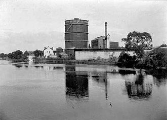 East Perth Gas Works - Viewed from the river, c.1933
