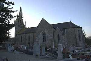 Eglise de Saint-Connan coté - Saint-Connan - France.jpg