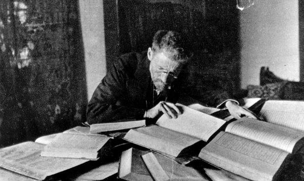 Eliezer Ben-Yehuda at his desk in Jerusalem - c1912