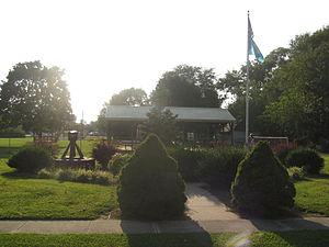 Ellendale, Delaware - The Ellendale War Memorial is a site dedicated to the citizens of Ellendale killed in various wars. It is located next to the Town Hall and Town Park.