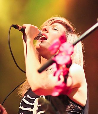 Ellie Goulding - Goulding performing live at The Venue in Vancouver, April 2011