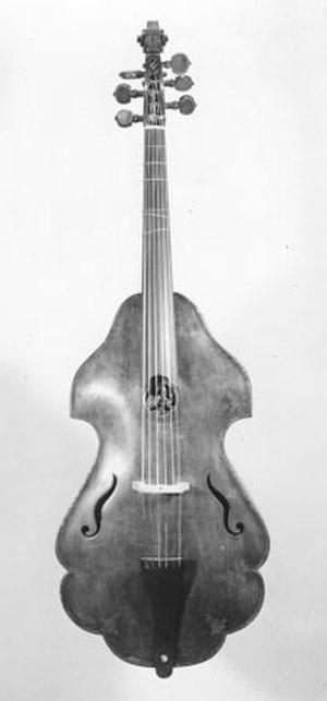 Violone - Image: Ernst Busch violone, c 1630