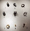 Età romana, ornamenti per vesti in bronzoI secolo ac-IV dc ca.jpg