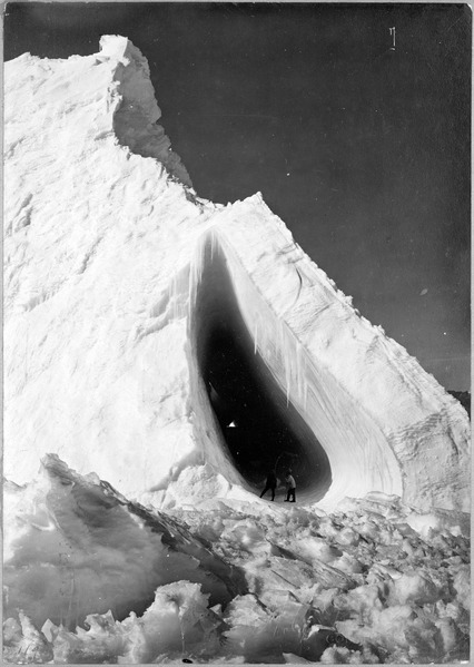 File:Exterior of the Grotto iceberg, Antarctica, 3a42504u original.tif