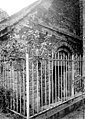 Façade romane - Château de Vitré - Médiathèque de l'architecture et du patrimoine - APMH00034200.jpg
