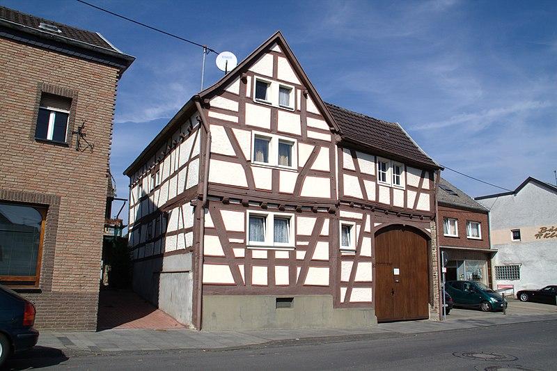 file fachwerkhaus gelsdorf bonner strasse 51 1 jpg wikimedia commons. Black Bedroom Furniture Sets. Home Design Ideas