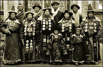 Golog Tibetan Autonomous Prefecture - Amdo Golok Tibetans in 1944 with their distinct clothing