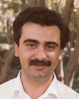 Farshid Jamshidian Financial economist