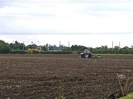 Fields and railway - geograph.org.uk - 1054524.jpg