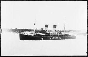 Finnish icebreaker Jääkarhu 2.jpg