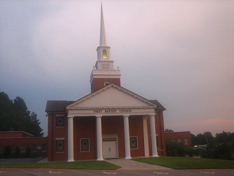 Nice Arcadia Baptist Church #1: 800px-First_Baptist_Church%2C_Arcadia%2C_LA_IMG_1312.JPG