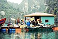 Floating fishing village, Halong Bay (5679409112).jpg