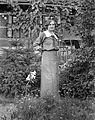 Flower, portrait, woman, garden, lily, grape Fortepan 22105.jpg