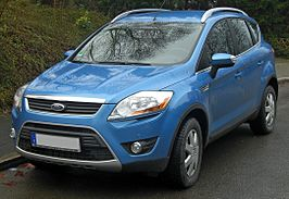 Ford Kuga (seit 2008) 2.0 TDCi front MJ.JPG