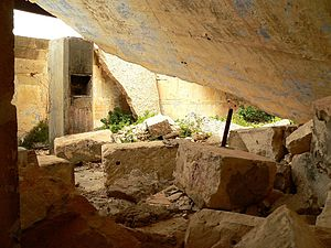 Fort Campbell (Malta) - Collapsed roof of the gun control room of the Battery Observation Post