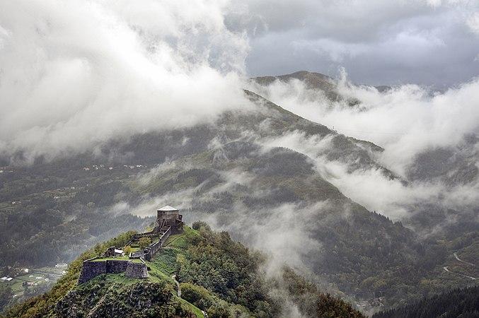 Fortezza Verrucole Novembre 2012.jpg
