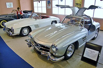 Mercedes-Benz 300 SL - 300 SL Roadster beside the Coupe version