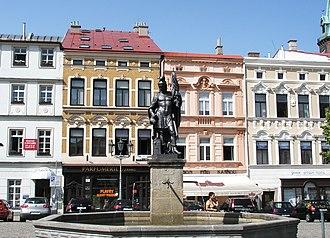 Frýdek-Místek - Image: Frýdek Kašna na náměstí