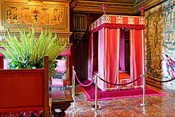 France-001621 - Cesar of Vendome's Bedroom (15291600017).jpg