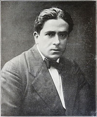 Francis Picabia, photograph published in Les Peintres Cubistes, 1913.jpg