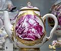 Frankenthal teapot VA C1548-1919.jpg