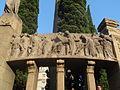 Fris del Monument a Verdaguer - Relleu 5 de 6 - Escena del Via Crucis, la davallada de la creu (Poesia Mística).JPG