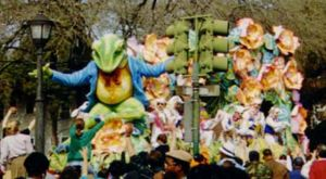 Rex parade - Rex parade float on Napoleon Avenue, mid 1990s