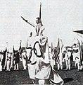 Géo André prête le serment olympique aux JO de Paris en 1924.jpg