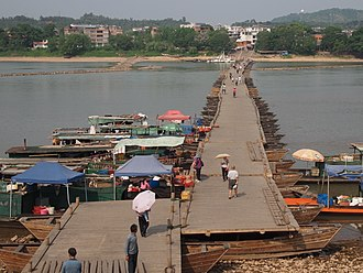 Bridges and tunnels across the Yangtze River - The Song dynasty Dongjin Bridge over the Gan River, a Yangtze tributary in Jiangxi.