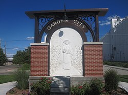 Garden City, KS, welcome sign IMG 5933.JPG