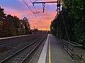 Gare de Saint-Maurice-de-Beynost et joli ciel (levée du soleil) en octobre 2020 (3).jpg