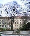 GuentherZ Naturdenkmal 645 2010-03-08 5680 Wien08 Schoenbornpark Sommerlinde.jpg