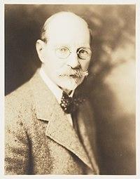 H. Mortimer Lamb (8386801272).jpg