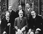 Group photo 1909 in front of Clark University. Front row from left: Sigmund Freud, Granville Stanley Hall, Carl Jung. Back row from left: Abraham A. Brill, Ernest Jones, Sandor Ferenczi.