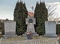 Hallerndorf Kriegerdenkmal 3080727 HDR.jpg