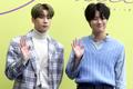 Han Seung-woo and Cho Seung-youn at Seoul Fashion Week SS 2020 07.png