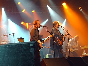 Hector (musician) - Hector (right) on a concert with Pave Maijanen (left) in 2007