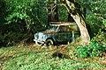Hen Land Rover ar Lan Afon Dwyfach - Old Land Rover beside Afon Dwyfach - geograph.org.uk - 631724.jpg