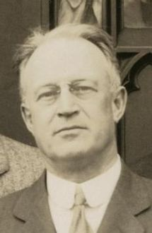 Henry Gale (Hund,Friedrich 1929 Chicago cropped).jpg