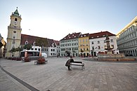 Hlavne namestie-The napoleonic soldier, Old Town Hall and Roland Fountain-Bratislava.JPG