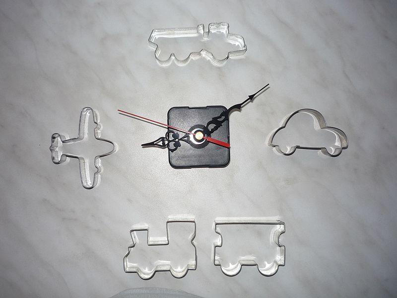 File:Hodiny Svět motorů I.jpg